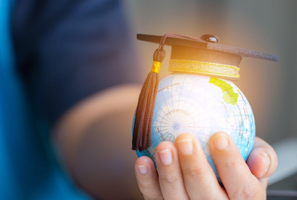 globe with scholar cap